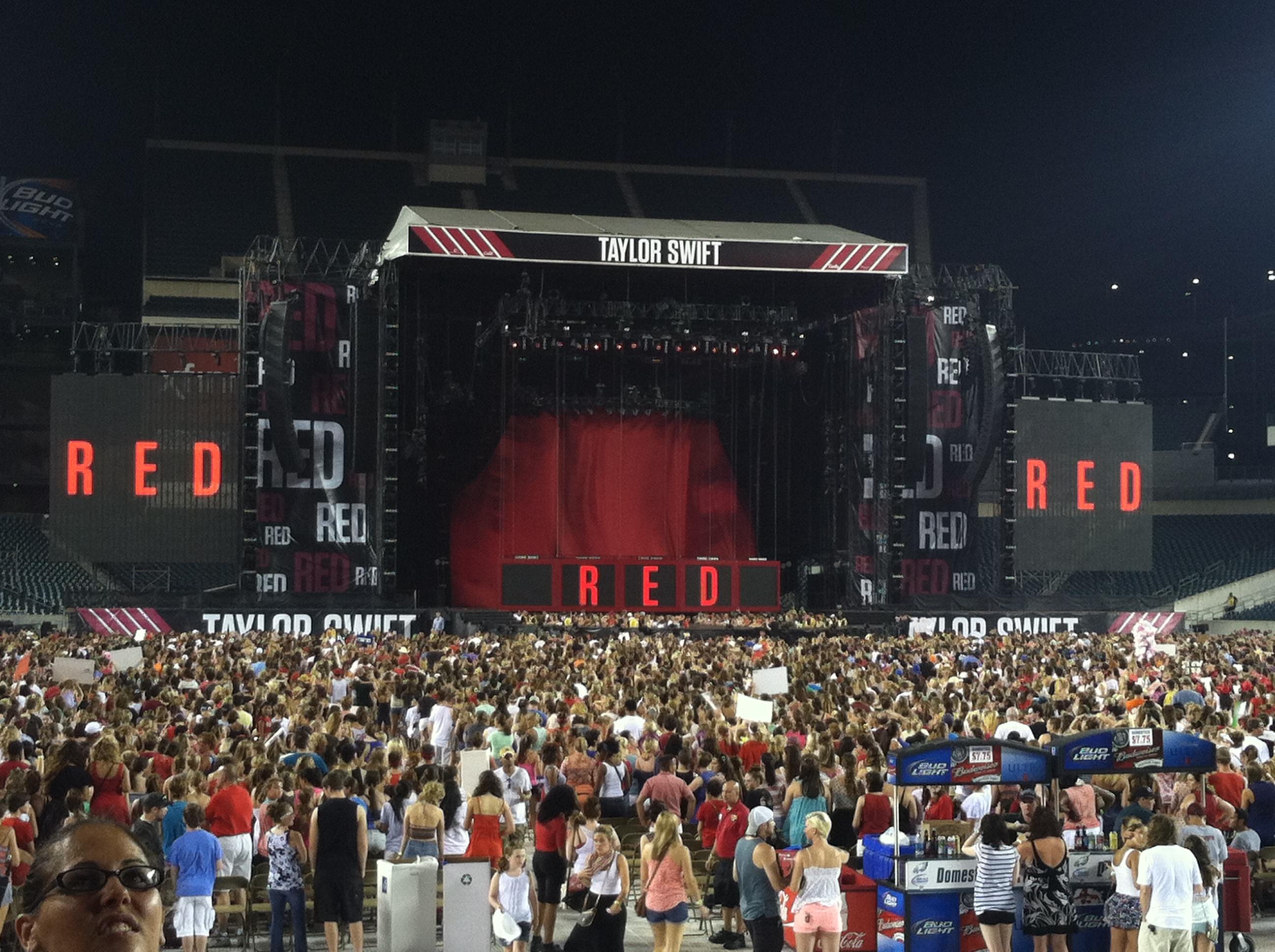 Taylor Swift Philadelphia 07 19 2013 Lincoln Financial